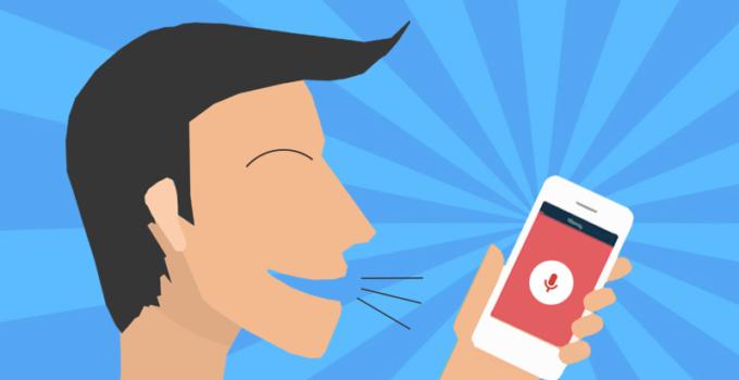 Immagine che mostra un utente intendo ad effettuare una SEO ricerca vocale